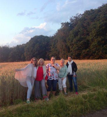 Abendspaziergang in der Natur. Und in der Früh gab es gemeinsames Nordic Walking